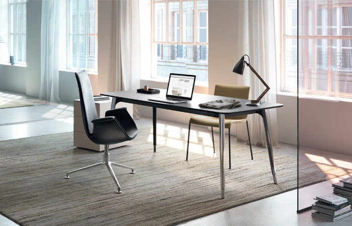 Keypiece Management Desk – Walter Knoll